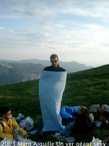 2003-mont-aiguille-un-ver-geant-sexy