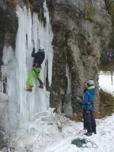 01 Découverte de l'escalade sur glace février 2015