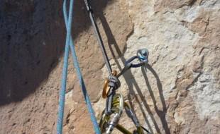 Manips-de-corde-escalade-relai